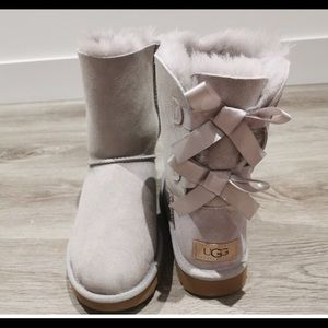 New UGG woman's Baily bow ll boots